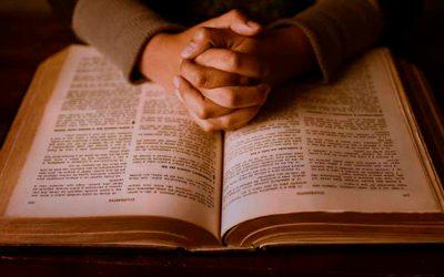 Pastores realizam encontros de oração pela internet